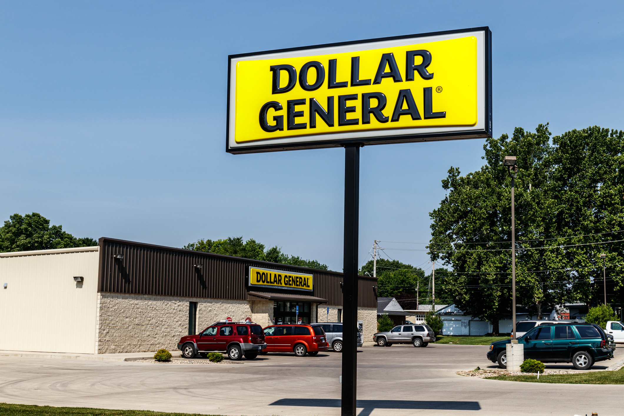 Understanding Dollar Store Shoppers and What They Expect