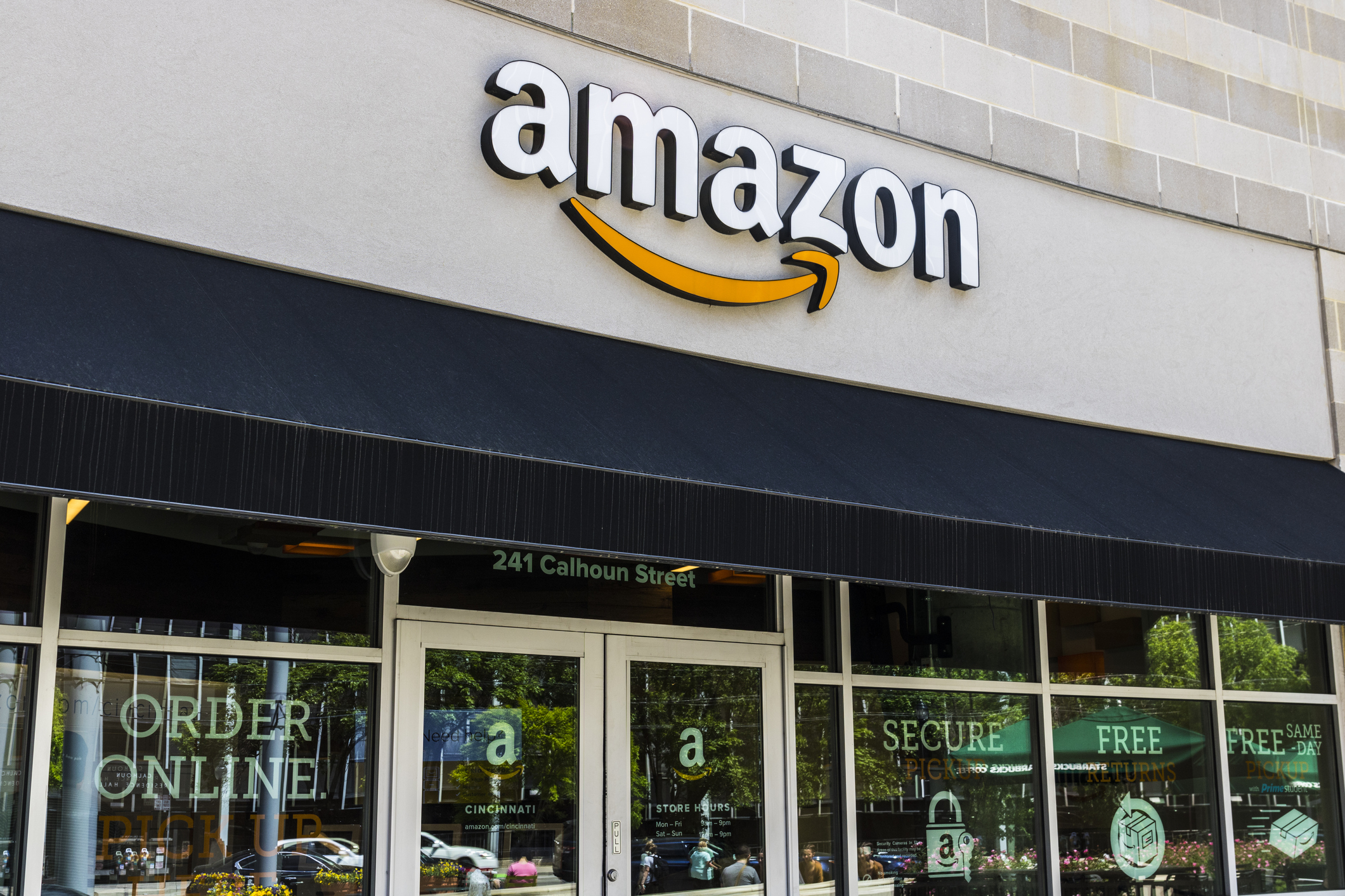 The Power of Offline Shopping: Why Amazon Is Investing in Physical Stores