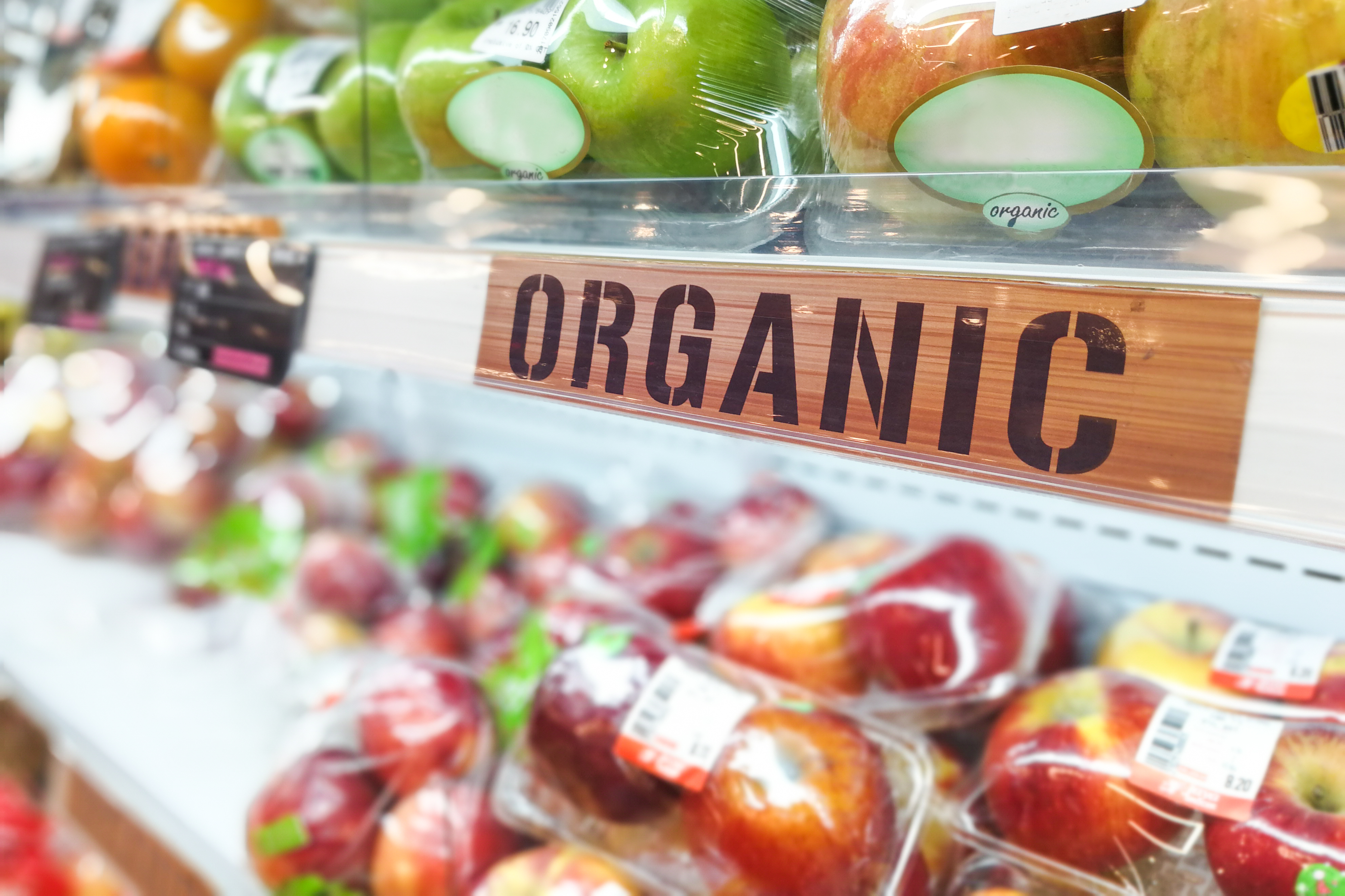 How Grocers Can Use Organic Produce to Drive Shoppers to Center-Store